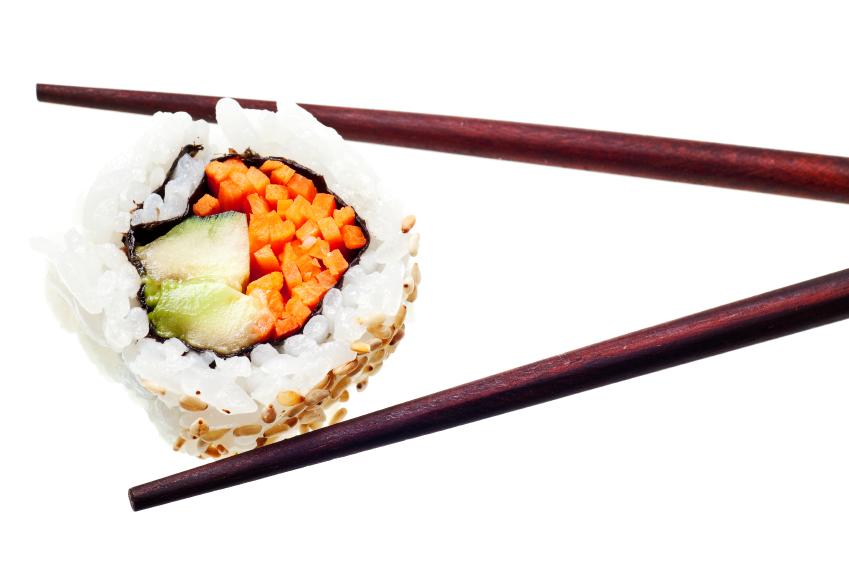 sushi-vegano-zanahoria-aguacate
