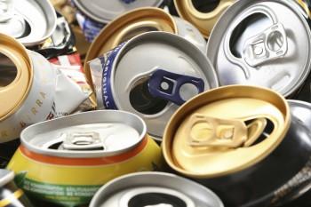 A partir de latas de refresco se pueden fabricar llantas de neumáticos.
