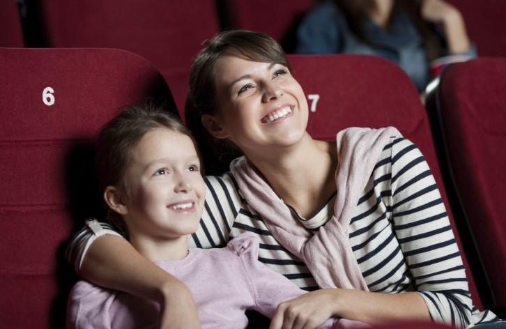 El cine nos divierte, y aprendemos con él al mismo tiempo.