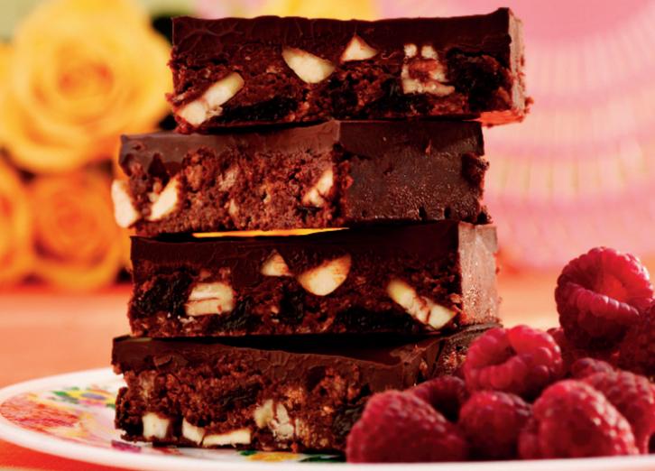 """Ladrillos de chocolate sin hornear, del libro """"La Amarga Dulzura del Chocolate"""" © Oxfam Intermón"""