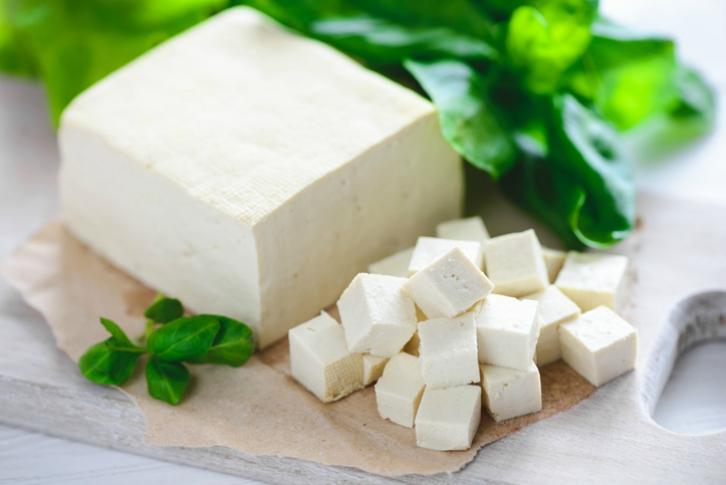 Tofu la estrella de tus recetas vegetarianas - Como se cocina el tofu ...