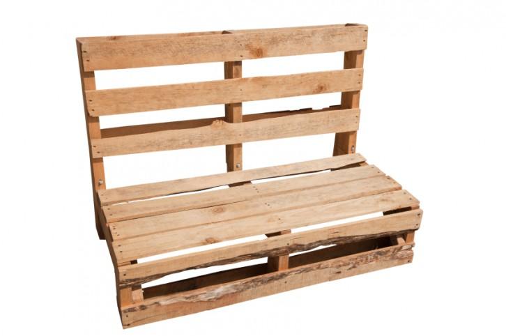 Ap ntate a tener muebles hechos con palets en tu terraza - Como hacer un sofa con palets ...