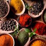 Descubre las propiedades de la cúrcuma y la pimienta