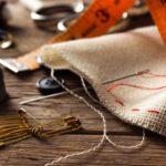 Da una nueva vida a tus prendas con estas ideas de DIY de ropa