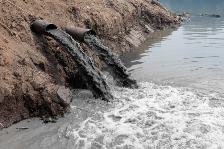 """contaminacion-del-agua"""