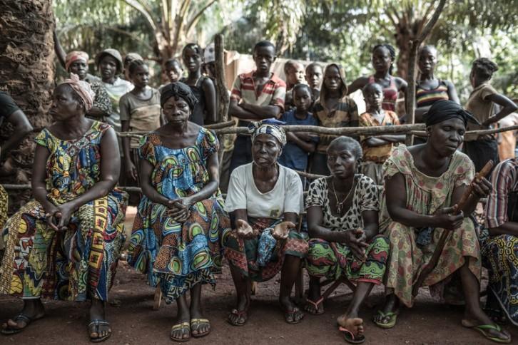 © Pablo Tosco/Oxfam Intermón El campo de desplazados de Carmel, en la ciudad de Bangui, alberga a 3.500 personas que huyeron de las matanzas, la violencia y los saqueos provocados por las milicias Seleka en 2013.