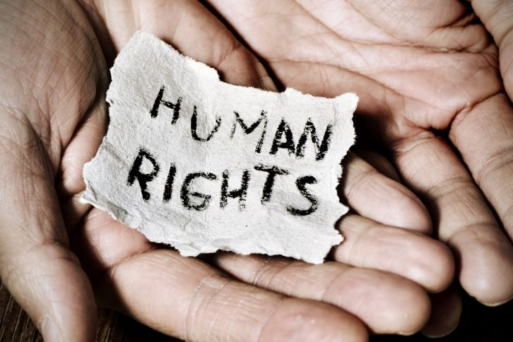 lista derechos humanos