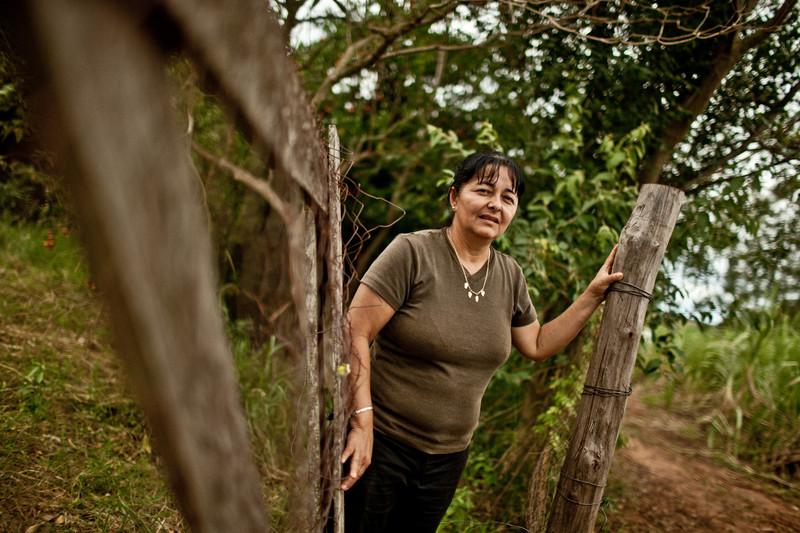 © Pablo Tosco/ Oxfam Intermón Petrona Bernal tiene 47 años y es viuda. Su marido fue uno de los socios fundadores de la cooperativa Manduvirá, a la que ella se asoció hace 15 años